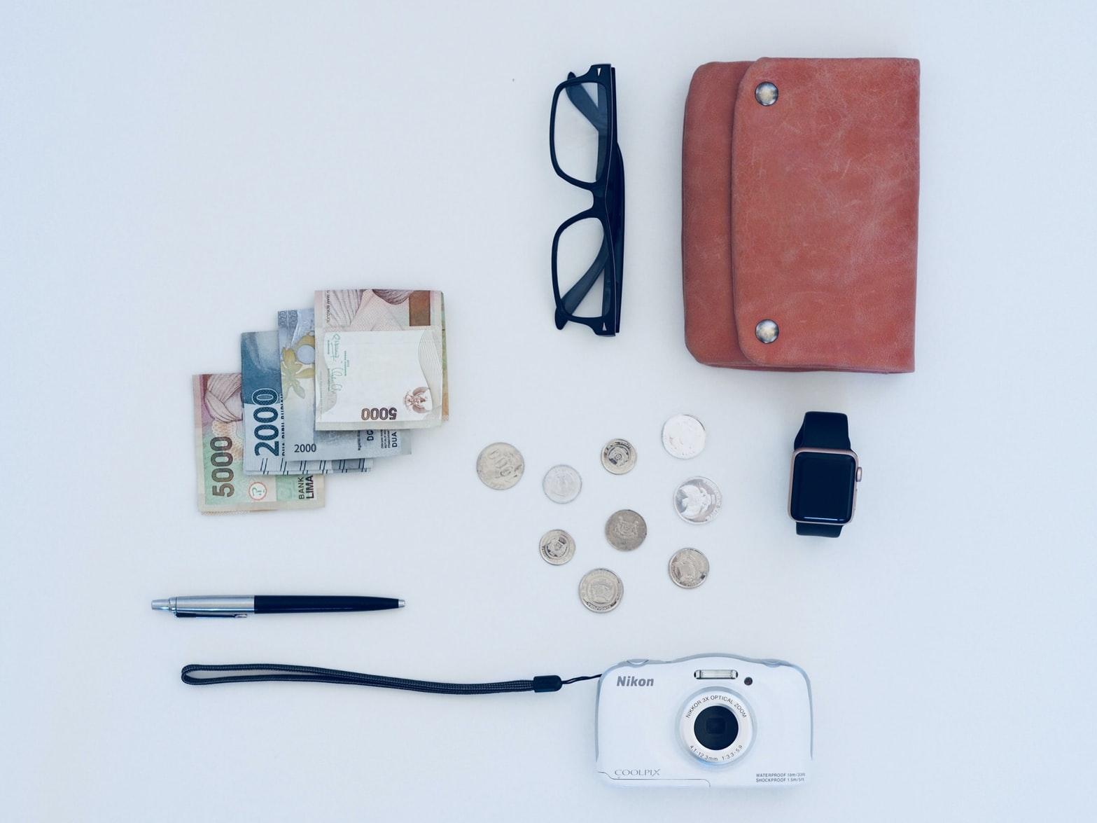 長財布 コインケース 分ける