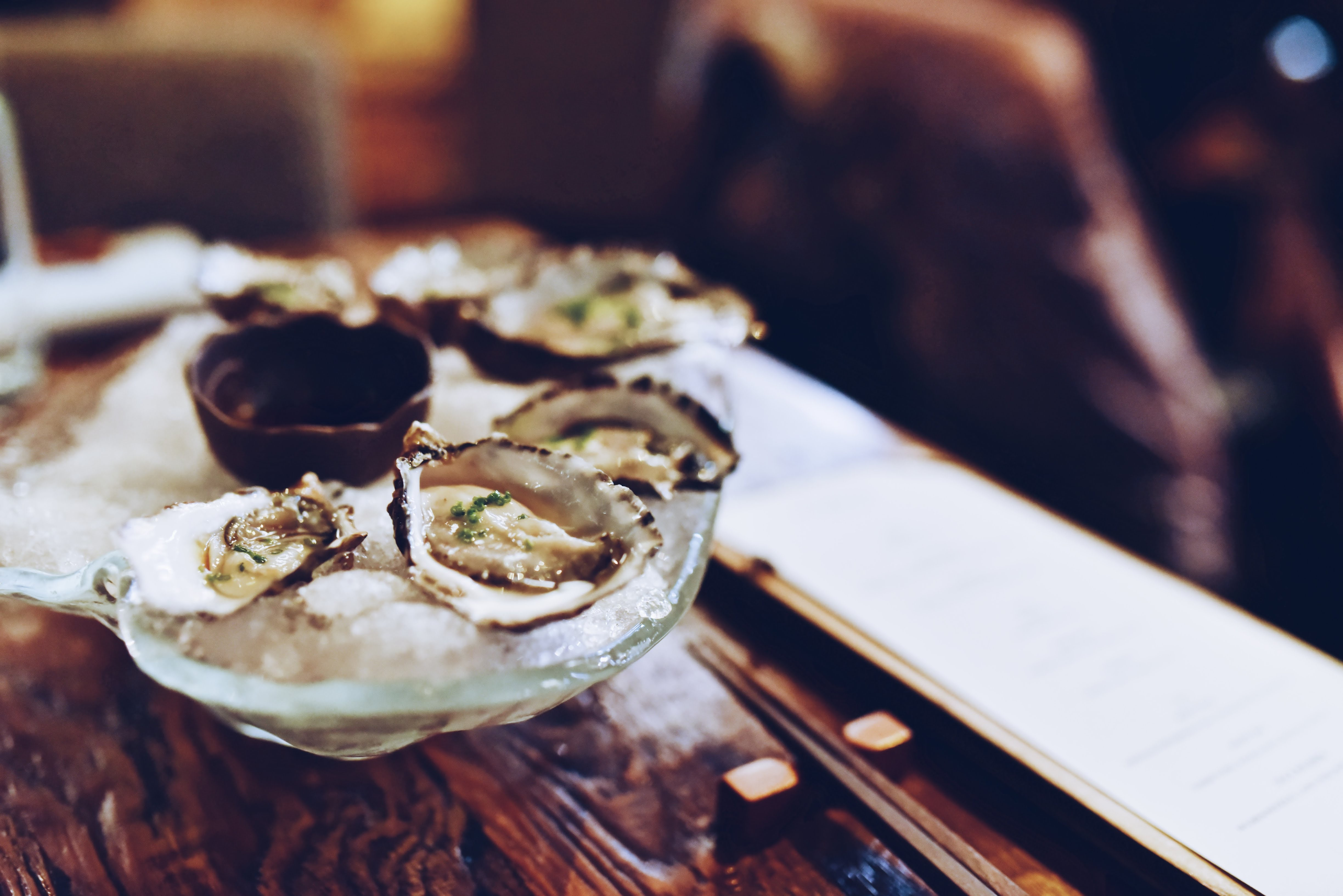 牡蠣の活き造り