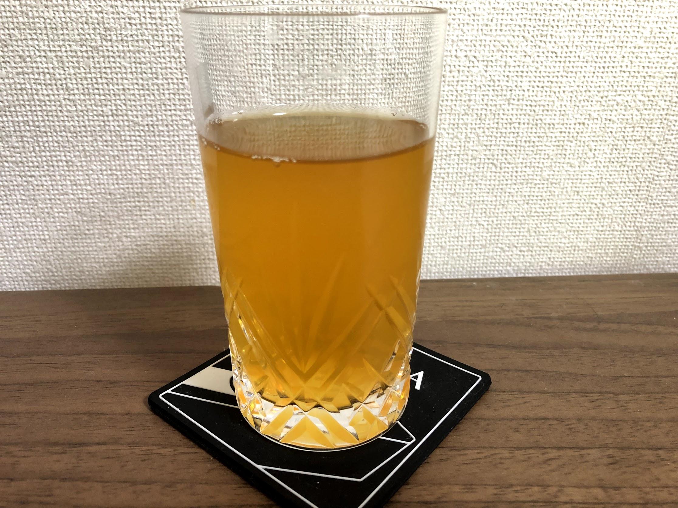 生オレンジティーの色