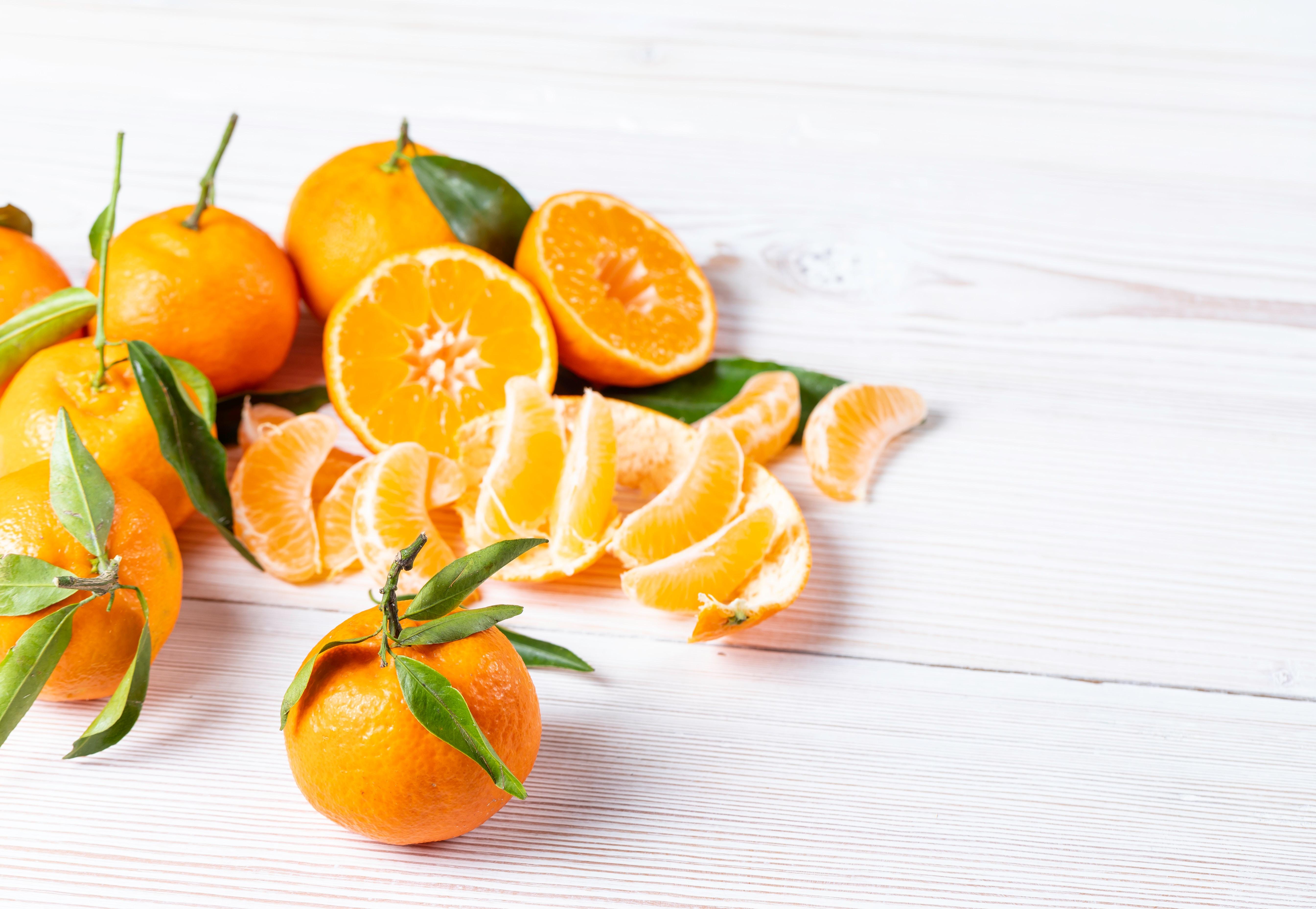 瑞々しいオレンジ