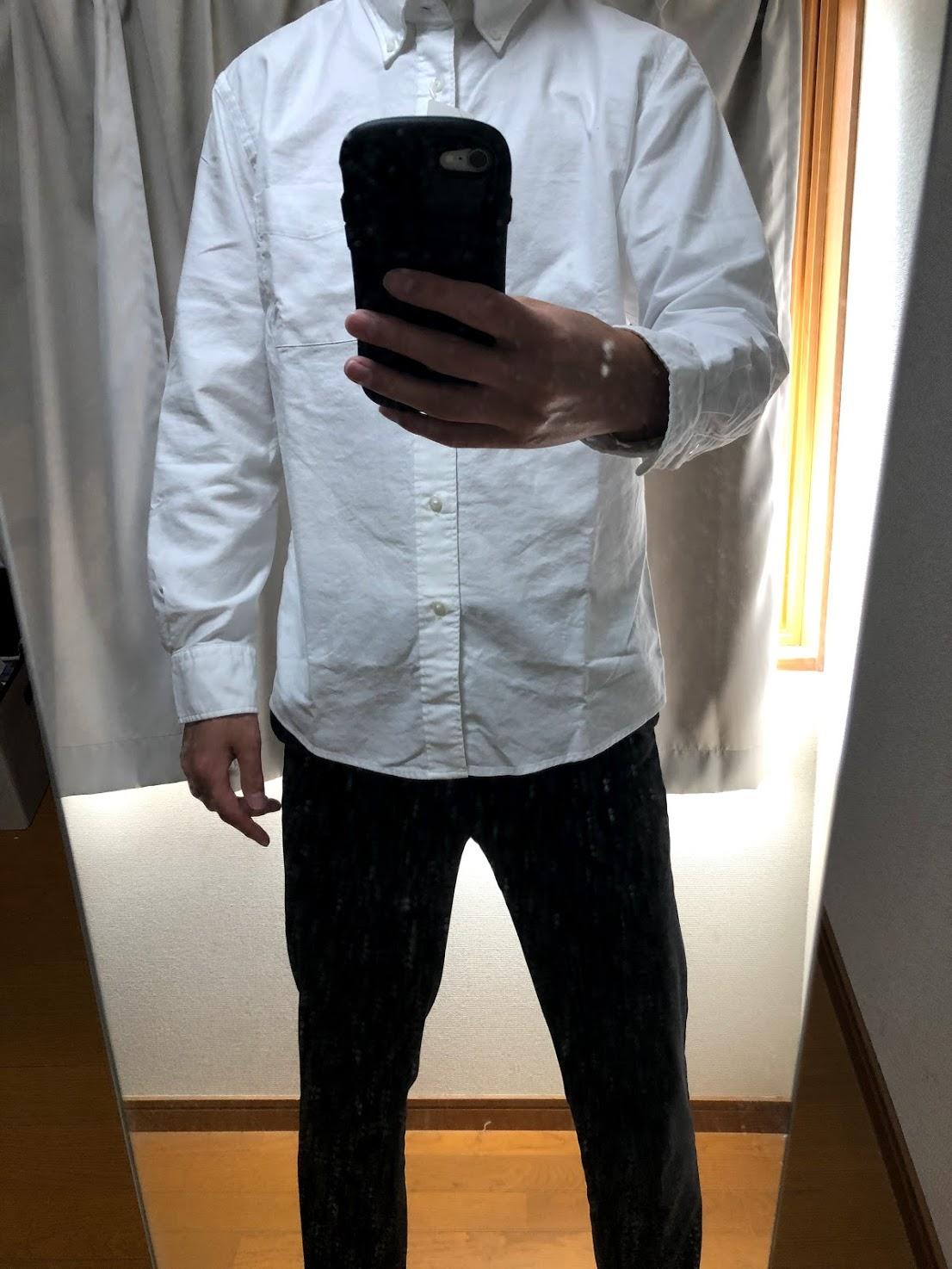 ユニクロ 通常販売 白シャツ サイズ感