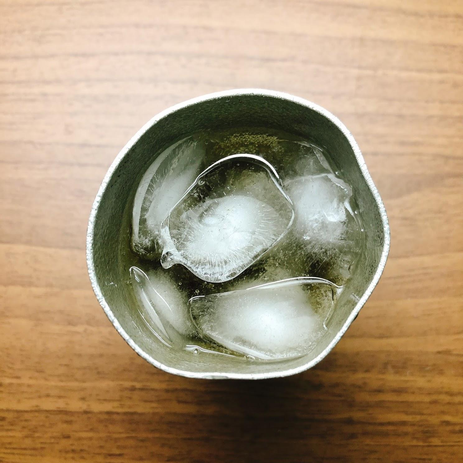 錫ビアカップで飲んでみた